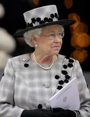 Queen Elizabeth, October 9, 2009 in Angela Kelly |Royal Hats