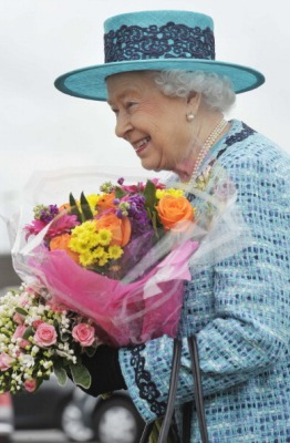 Queen Elizabeth, July 4, 2014 in Angela Kelly | Royal Hats