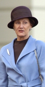Queen Sonja, Sep 9, 2004 | The Royal Hats Blog