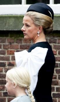 Princess Mabel, November 2, 2013   The Royal Hats Blog