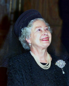 Queen Elizabeth, October 2000 in Frederick Fox | The Royal Hats Blog