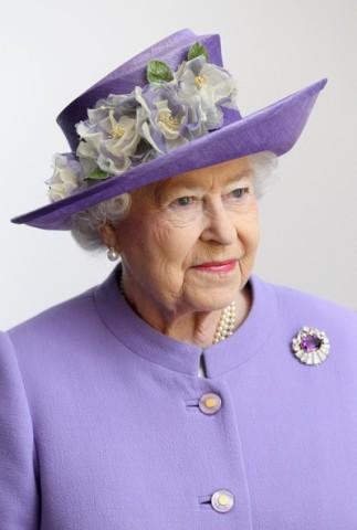 Queen Elizabeth, June 13, 2012 in Rachel Trevor Morgan | The Royal Hats Blog