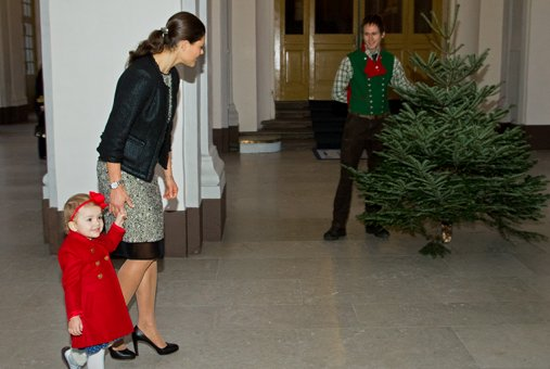 Princess Estelle, Dec.17, 2013 | The Royal Hats Blog