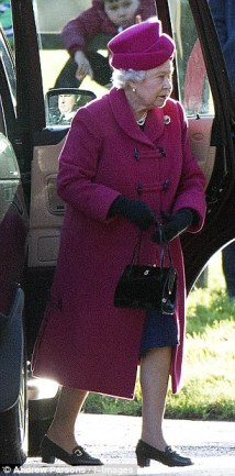 Queen Elizabeth, December 22, 2013 | The Royal Hats Blog