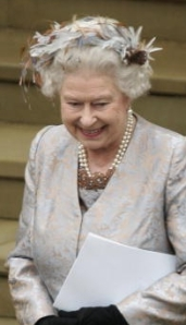 Queen Elizabeth, May 17, 2008 | The Royal Hats Blog