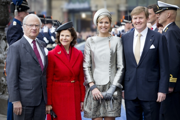 Queen Silvia in Whitely Fischer Ltd. and Queen Máxima in Fabienne Delvigne, April 4, 2014 | The Royal Hats Blog