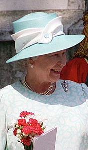 Queen Elizabeth, Aug 20, 1995 | Royal Hats