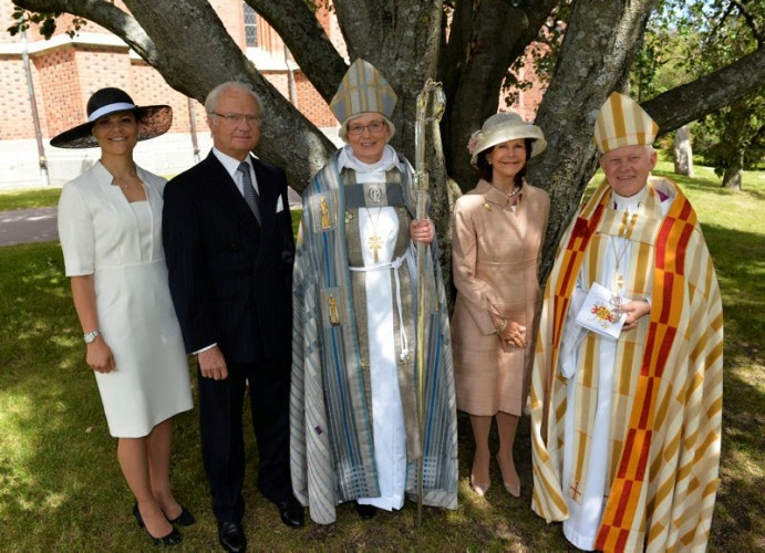 Crown Princess Victoria and Queen Silvia, June 15, 2014 | Royal Hats