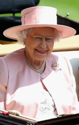 Queen Elizabeth, June 21, 2014 in Angela Kelly | Royal Hats