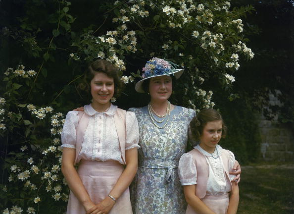 Queen Elizabeth, July 8, 1941 | Royal Hats