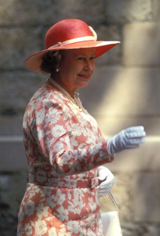 Queen Elizabeth,  July 14, 1994 | Royal Hats