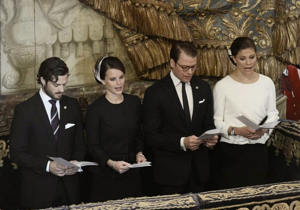 Sofia Hellqvist, September 30, 2014 in Mode Rosa | Royal Hats