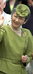 Empress Michiko, July 17, 2002| The Royal Hats Blog