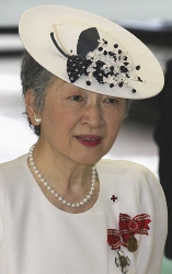 Empress Michiko, May 8, 2003| The Royal Hats Blog