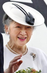 Empress Michiko, May 7, 2005 | The Royal Hats Blog