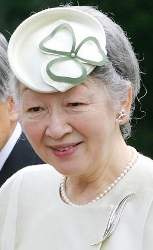 Empress Michiko, May 9, 2005| The Royal Hats Blog