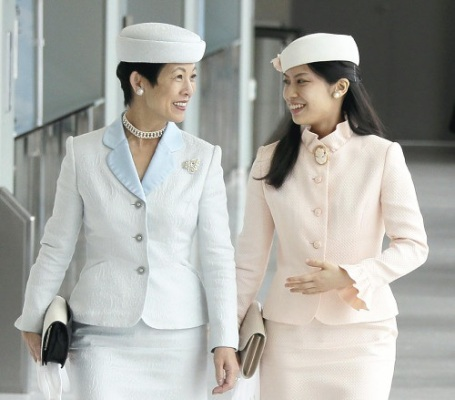 Princess Hisako and Princess Noriko, October 3, 2014 | Royal Hats