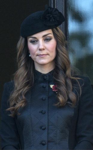 Duchess of Cambridge, November 10, 2013 in Sylvia Fletcher for Lock & Co. | Royal Hats