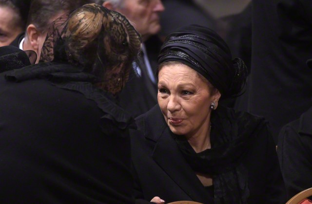 Empress Farah, December 12, 2014 | Royal Hats