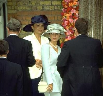 Empress Farah and Princess Yasmine, July 1, 1995 | Royal Hats