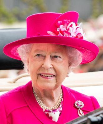 Queen Elizabeth, June 16, 2015 in Angela Kelly | Royal Hats