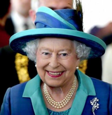 Queen Elizabeth, June 25, 2015 in Angela Kelly | Royal Hats