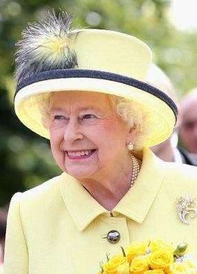 Queen Elizabeth, June 26, 2015 in Angela Kelly