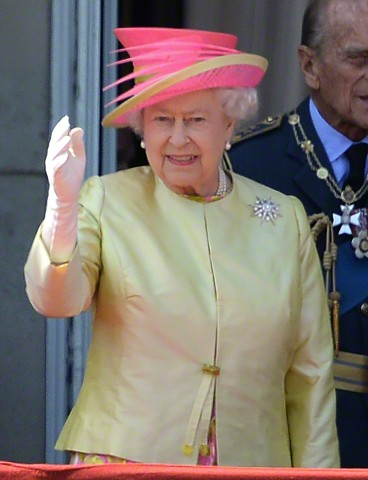 Queen Elizabeth, July 10, 2015 in Angela Kelly | Royal Hats