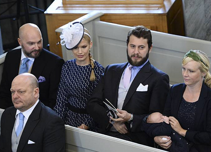 Viky Magnuson and Frida Bergström, October 11, 2015 | Royal Hats