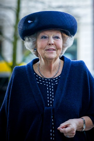 Princess Beatrix, January 25, 2016 in Suzanne Moulijn | Royal Hats