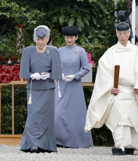 Empress Michiko and Princess Kiko, April 3, 2016 | Royal Hats