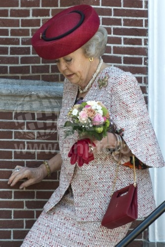 Princess Beatrix, April 20, 2016 in Suzanne Moulijn | Royal Hats
