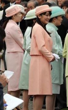 MIkasa Princesses, April 27, 2016 | Royal Hats