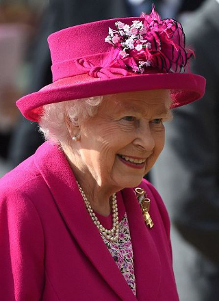 Queen Elizabeth, May 14, 2016 in Angela Kelly | Royal Hats
