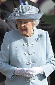 Queen Elizabeth, May 15, 2016 in Rachel Trevor Morgan | Royal Hats