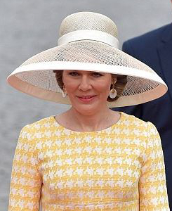 Queen Mathilde, May 18, 2016 in Fabienne Delvigne | Royal Hats