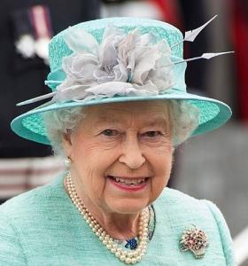 Queen Elizabeth, June 7, 2016 in Rachel Trevor Morgan | Royal Hats