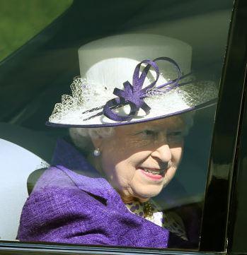 Queen Elizabeth, Sep 4, 2016 | Royal Hats