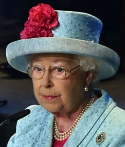 Queen Elizabeth, Nov 27, 2015 in Angela Kelly | Royal Hats