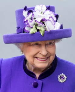 Queen Elizabeth, Nov 24, 2016 in Angela Kelly | Royal Hats