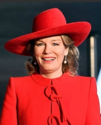 Queen Mathilde, Nov 29, 2016 in Fabienne Delvigne | Royal Hats