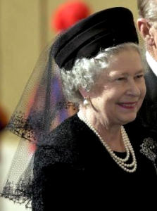 Queen Elizabeth, Oct 17, 2000 in Frederick Fox | Royal Hats