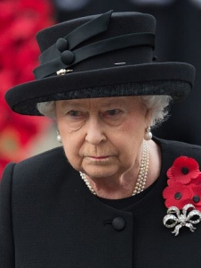 Queen Elizabeth, November 8, 2015 in Angela Kelly design made by Stella McLaren | Royal Hats