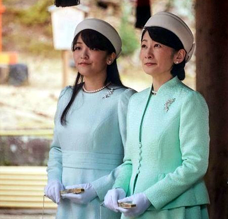 Princess Kiko and Princess Mako, Feb 20, 2017 | Royal Hats