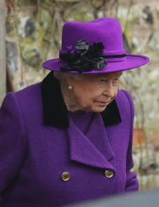Queen Elizabeth, Jan 15, 2017 in Rachel Trevor Morgan | Royal Hats