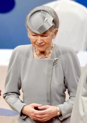 Oct 29, 2017   Royal Hats