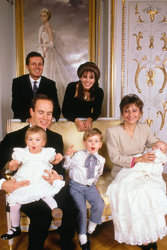 1987-12-19 Pierre Casiraghi christening 4