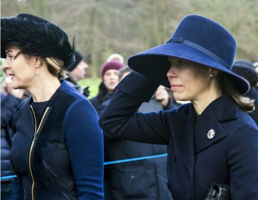 Dec 25, 2017 | Royal Hats