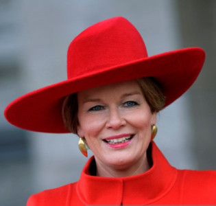 Mar 12, 2018 | Royal Hats