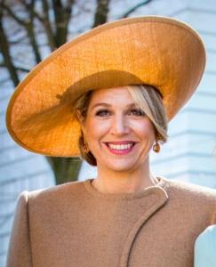 Mar 20, 2018 in Fabienne Delvigne | Royal Hats